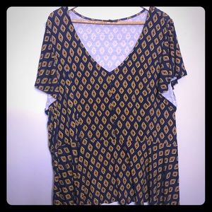 ModCloth button accented t shirt tunic 3X
